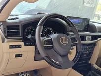 مباع - لكزس LX 570-S Sport 2021 فل سعودي للبيع في الرياض - السعودية - صورة صغيرة - 18