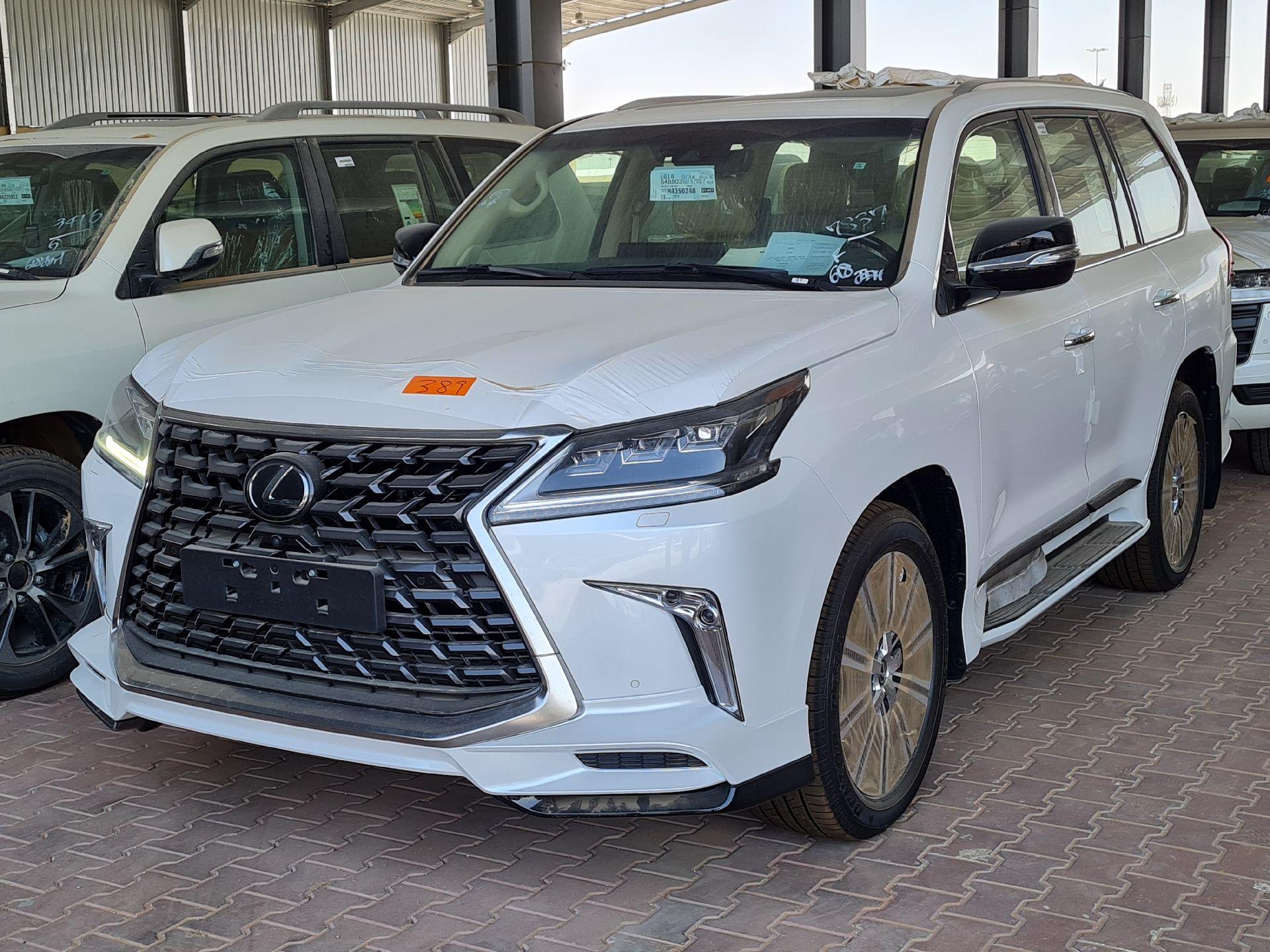 مباع - لكزس LX 570-S Sport 2021 فل سعودي للبيع في الرياض - السعودية - صورة كبيرة - 4