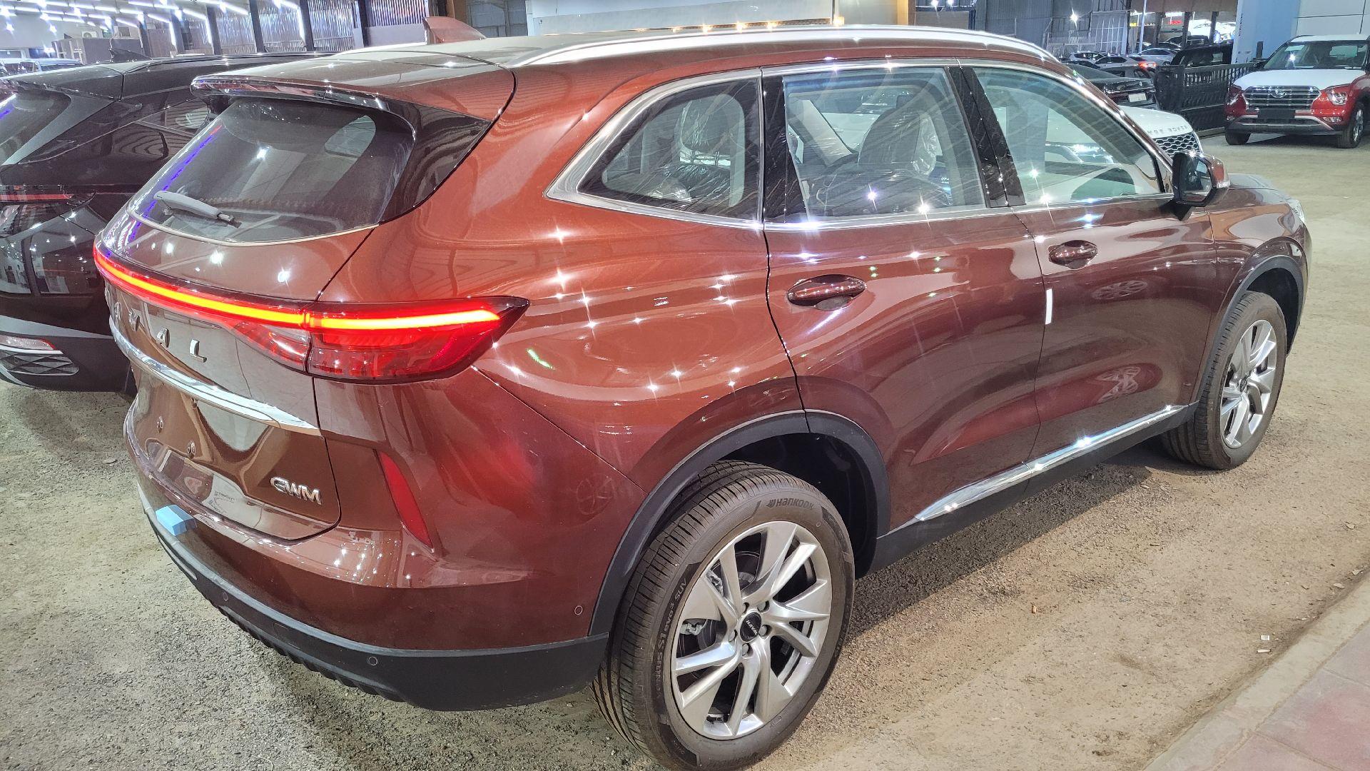 مباع - هافال H6 الشكل الجديد Premium 2022 فل سعودي للبيع في الرياض - السعودية - صورة كبيرة - 6