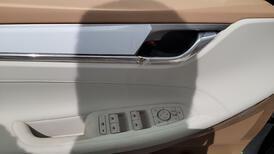 مباع - هونداي ازيرا Smart 2022 ستاندر سعودي للبيع في الرياض - السعودية - صورة صغيرة - 14