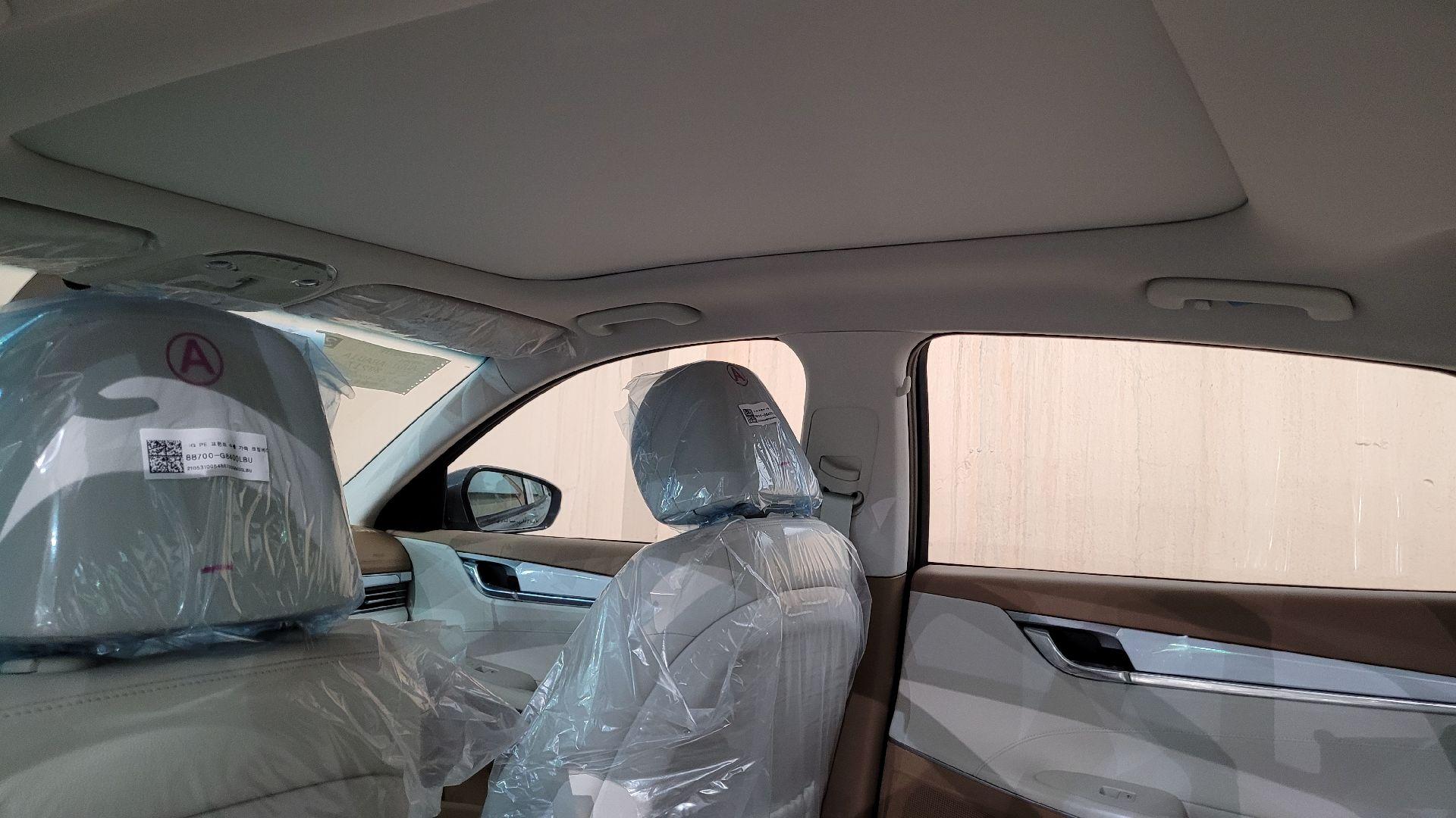 هونداي ازيرا Smart 2022 ستاندر سعودي للبيع في الرياض - السعودية - صورة كبيرة - 12
