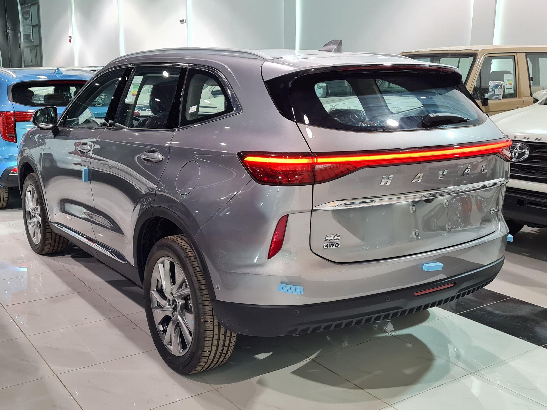 هافال H6 الشكل الجديد Premium 2022 فل سعودي للبيع في الرياض - السعودية - صورة كبيرة - 4