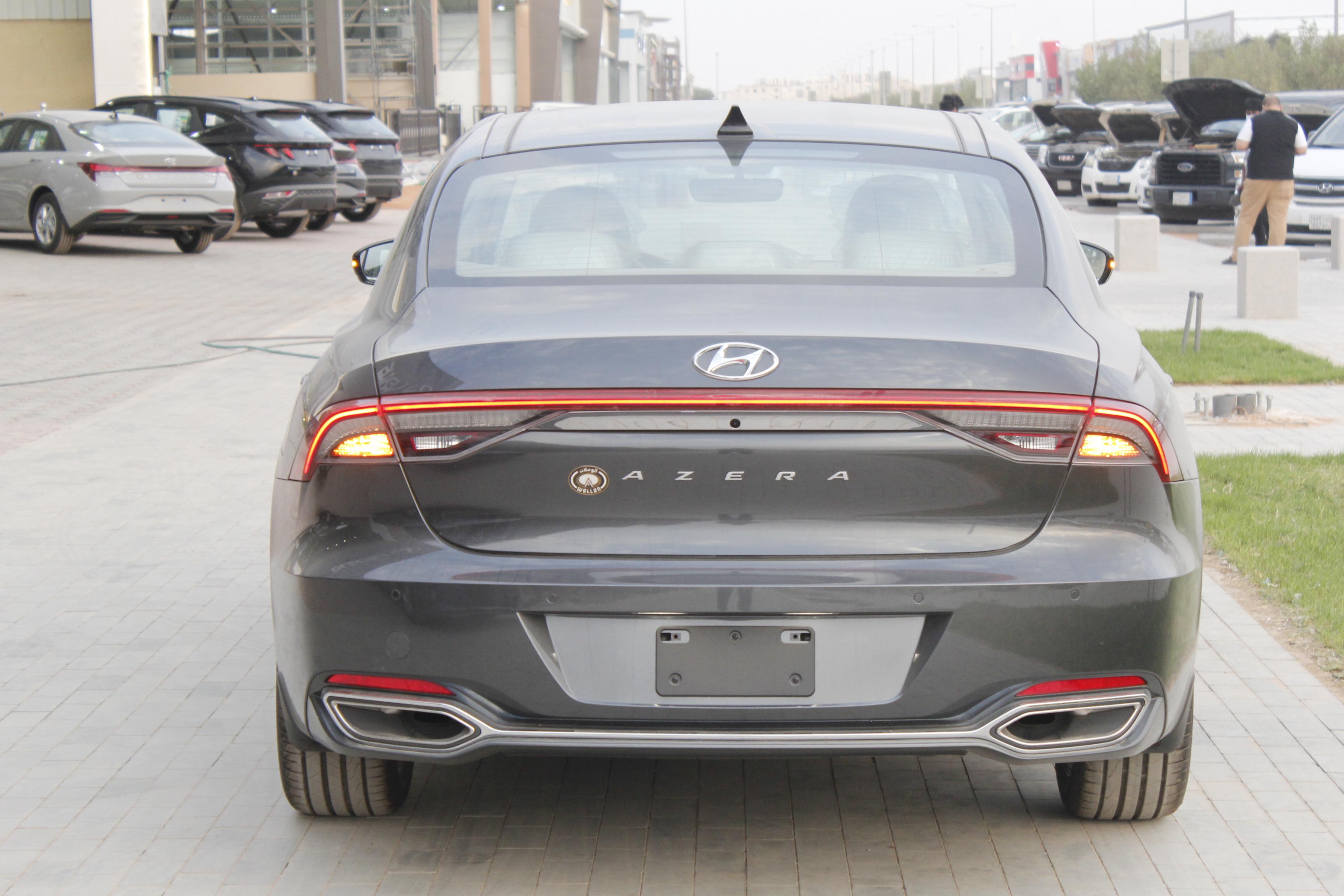 مباع - هونداي  ازيرا  Smart  2022 سعودي 6 سلندر للبيع في الرياض - السعودية - صورة كبيرة - 7