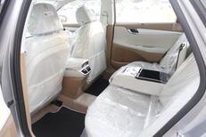 هونداي  ازيرا  Smart Plus  2022 نص فل سعودي6 سلندر للبيع في الرياض - السعودية - صورة صغيرة - 3