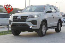 تويوتا  فورتشنر  GX2  2021 نص فل  للبيع في الرياض - السعودية - صورة صغيرة - 6