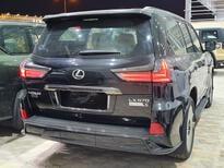 لكزس LX 570 Black Ed. 2021 فل سعودي للبيع في الرياض - السعودية - صورة صغيرة - 5
