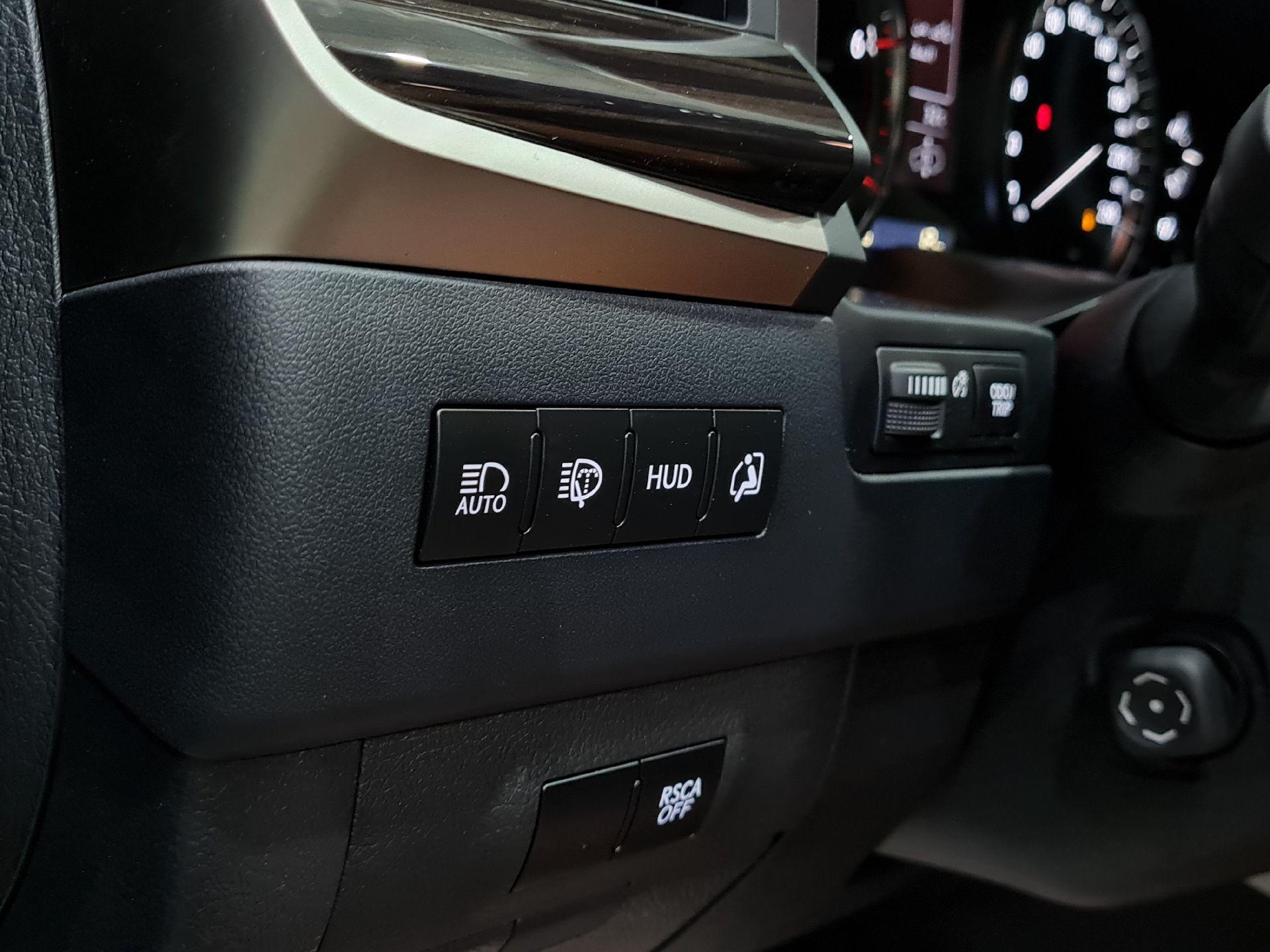 لكزس LX 570 Black Ed. 2021 فل سعودي للبيع في الرياض - السعودية - صورة كبيرة - 9