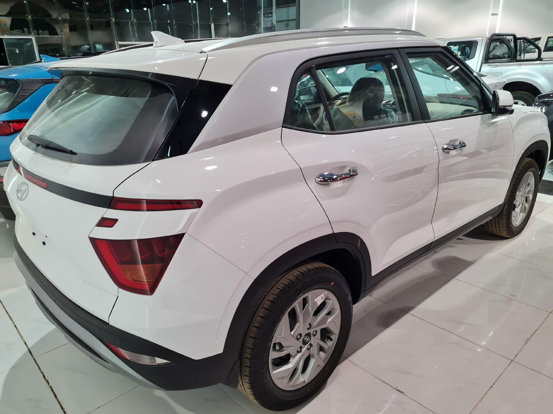 هونداي كريتا 2022 للبيع للبيع في الرياض - السعودية - صورة كبيرة - 5