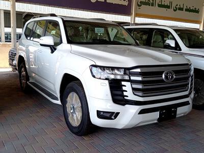 سيارة تويوتا لاندكروزر GXR-L2 2022 نص فل سعودي للبيع
