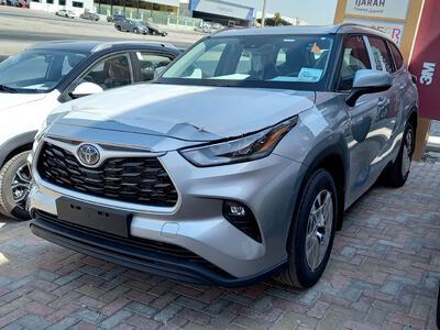 سيارة تويوتا هايلاندر GLE 2021 هايبرد AWD سعودي جديد للبيع