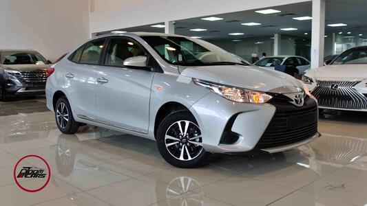 سيارة تويوتا يارس  2021    1.5   بلس سعودي  للبيع