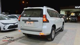 تويوتا برادو 2021 TXL1 ( سلندر 4 )  بنزين سعودي جديد للبيع في الرياض - السعودية - صورة صغيرة - 2